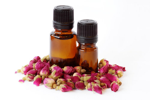 Top 10 Rose Essential Oil Benefits